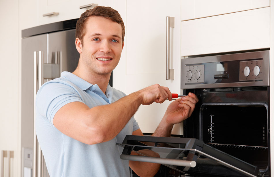 Appliance repairs technician